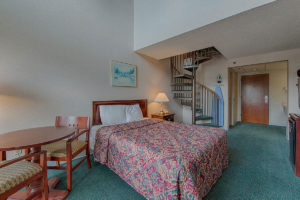 room in Mountain Melodies hotel in Pigeon Forge